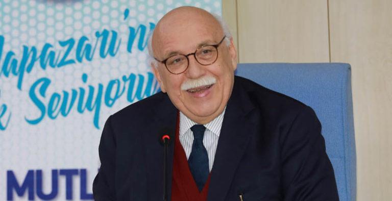 """Prof.Dr. Nabi Avcı, """"Bilişimdeki değişim dünyayı etkiliyor"""""""