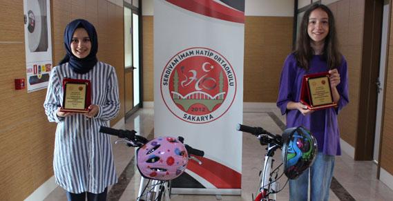 Serdivan İHO'da LGS Başarısına Bisiklet Ödülü