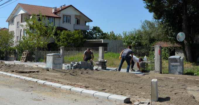 Bayraktepe yeni yaya yolları ve cep otoparklara kavuşuyor