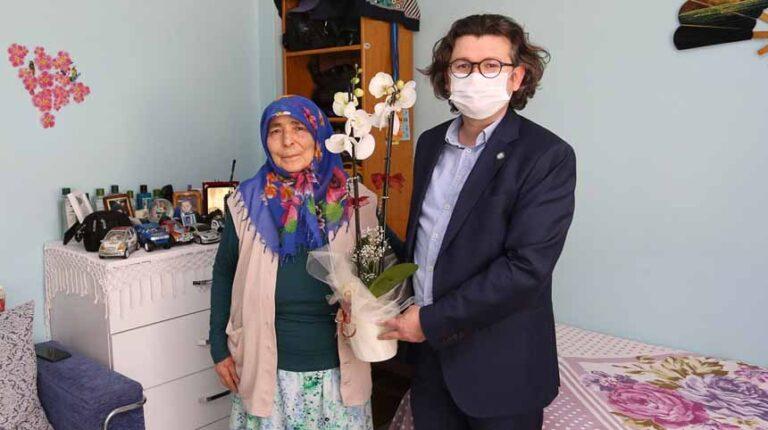 SATSO Sakarya'nın emektar muhabiri Murat Solmaz'ı Unutmadı