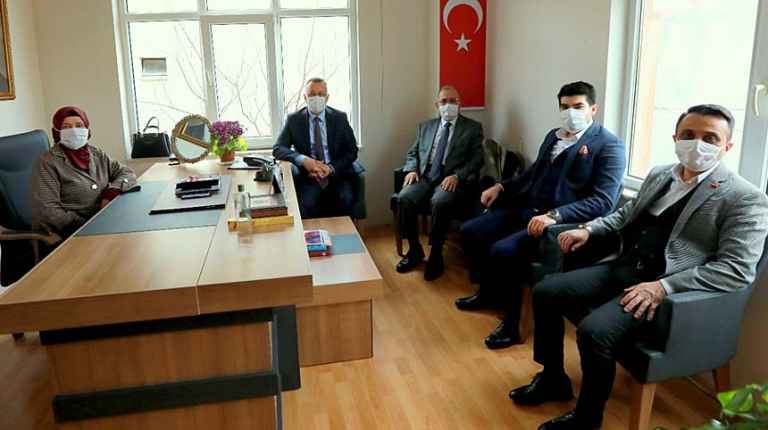 'AK Parti, Büyük İdeallerin Partisidir'