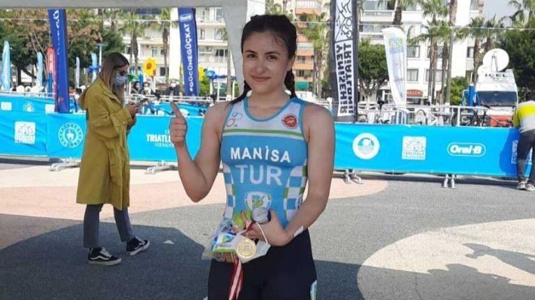 Elif Manisa, Türkiye Şampiyonu oldu